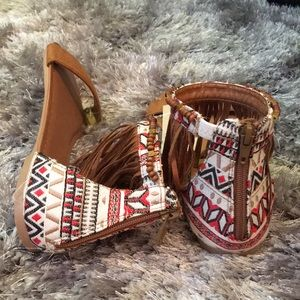 *NWT* Wilson's leather sandals